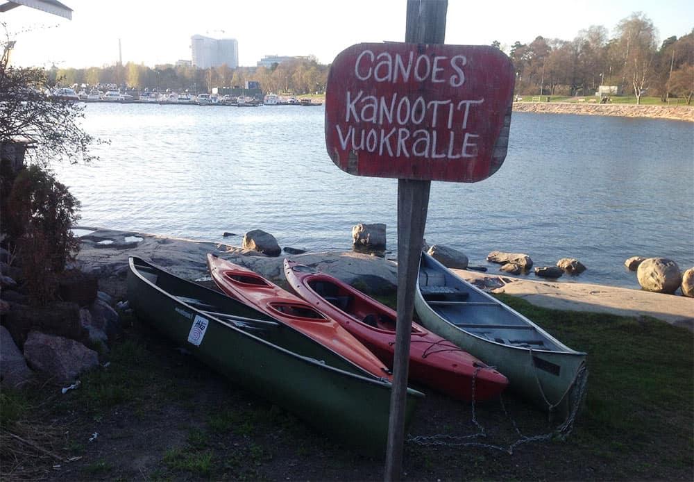 Kajakkiren , kanoottien ja SUP-lautojen vuokraus